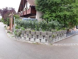 betontopfe-zaunes_300